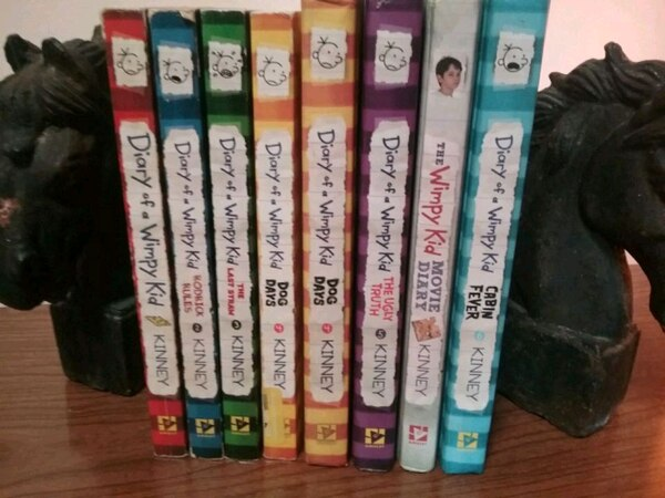 Complete set DIARY OF A WIMPY KID books