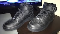 pair of black Nike Air Force 1 low shoes Oakville, L6M 4S7