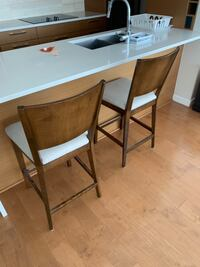 Bar stools x 2 solid wood  Vancouver, V6N 2P5