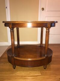Solid wood end table Vaughan, L4J 8A7