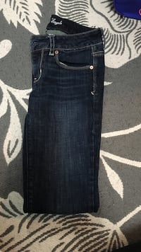 blue denim straight cut jeans Oakville, L6L