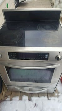 Kitchen Aid Stainless Steel Electric Range Rochester, 55902
