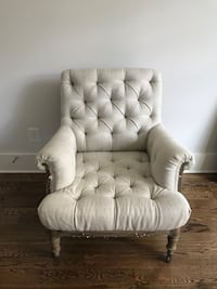 DECONSTRUCTED TUFTED ROLL ARMCHAIR Nashville, 37204