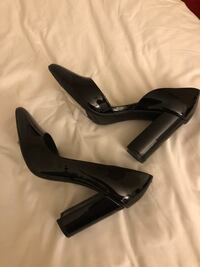 "Black leather pointed-toé shoes new never use it size ""7 Rockville, 20850"