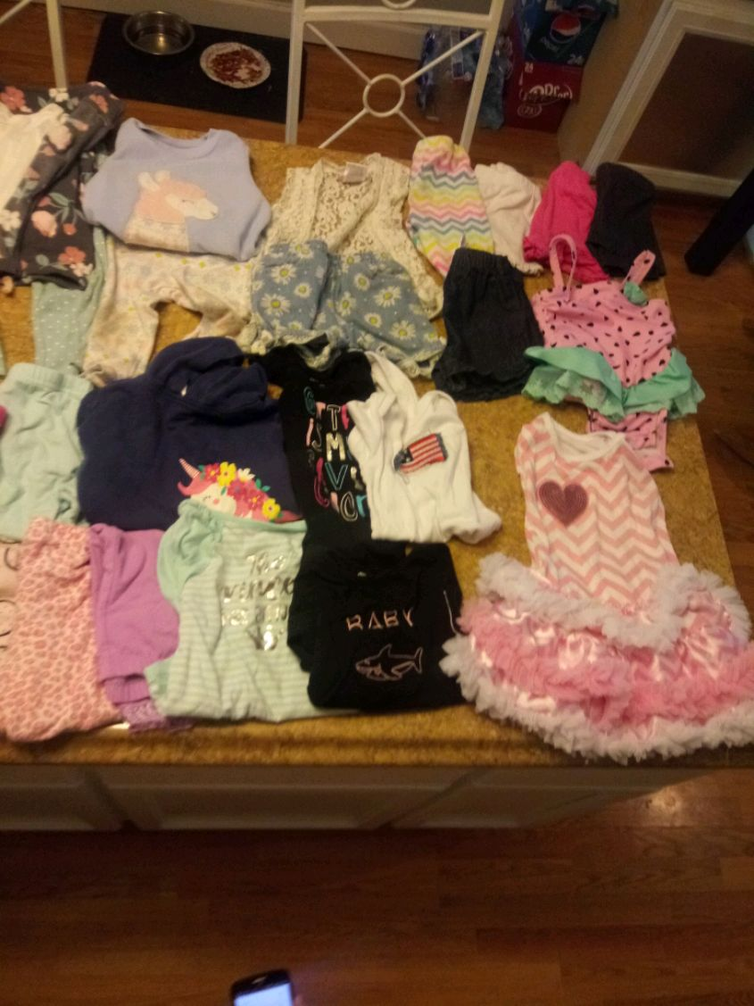 Photo 18 month baby girl clothes and shoes