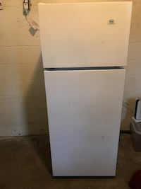 white top-mount refrigerator Taylor, 48180