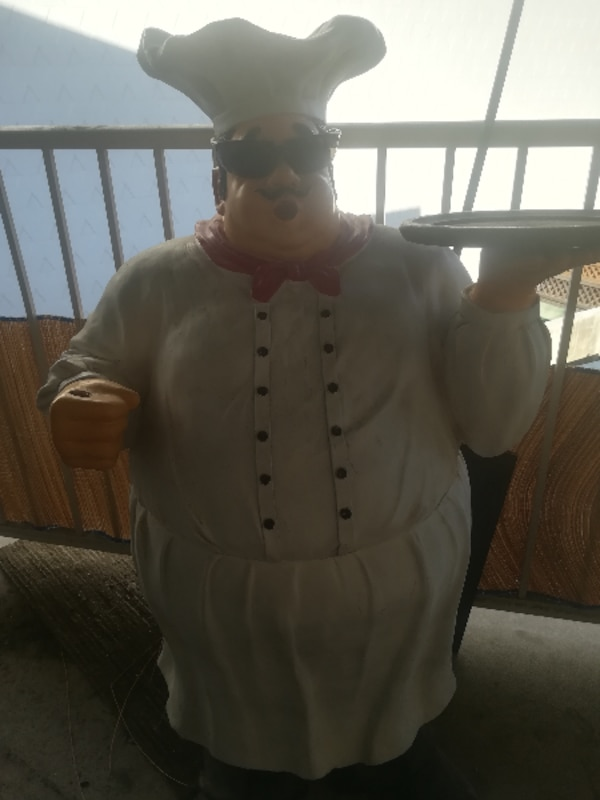 3.5ft tall plaster chef statue