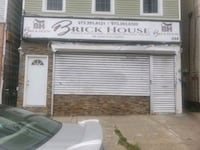COMMERCIAL For Rent Newark