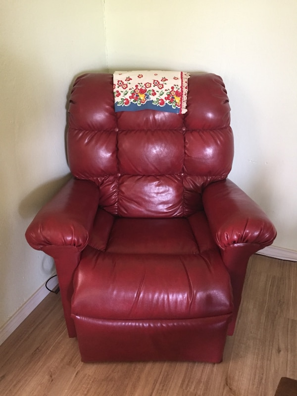 Used Red leather tufted sofa chair for sale in Arlington - letgo