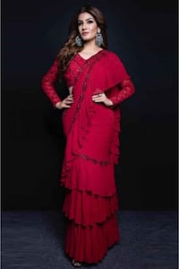RAVEENA TANDON RED RUFFLE BOLLYWOOD SAREE Toronto, M1G 3M4