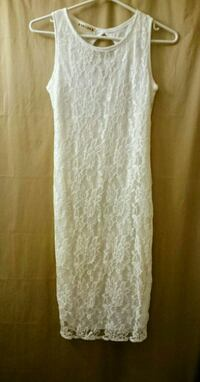 White sheer lace dress XS Toronto, M6H 2J4