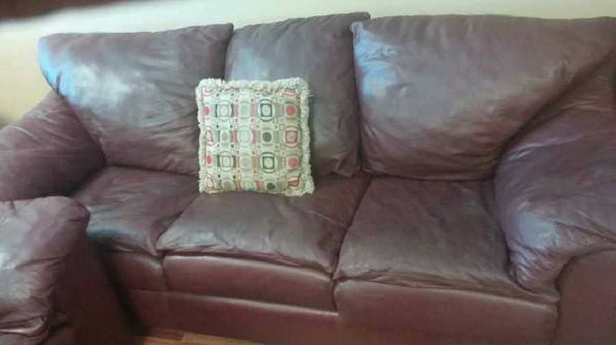letgo - Sealy Burgundy Real Leather Sofa... in Goldenrod, FL