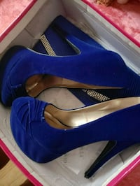 blue suede platform stilettos matching purse Detroit, 48205