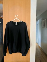 black long-sleeved shirt Sudbury, P3N 1C4