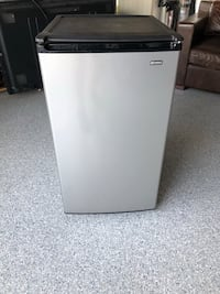 Kenmore 4.4 cu ft. Compact Fridge Costa Mesa, 92627