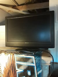 Dynex flat screen television w remote Ontario, 91761