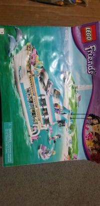 Lego Friends Dolphin Cruiser  Fort Saskatchewan, T8L 3L1