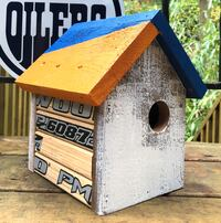 Oilers inspired bird house North Vancouver, V7J 3K4