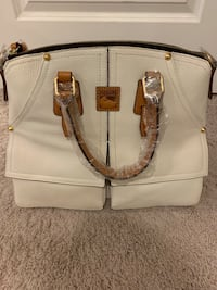 Genuine Dooney and Bourke Purse Tysons, 22182