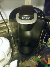black and gray Keurig coffeemaker Lacombe, T4L 2M6