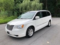 Chrysler - Town and Country - 2009 New York, 10306