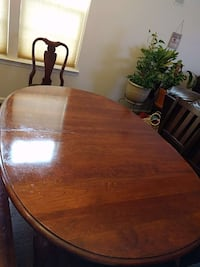 Dining room table cherry Aldie, 20105