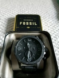 Men's Fossil Watch in box (New) Burnaby, V5A