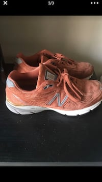 pair of brown New Balance running shoes Temple Hills, 20748