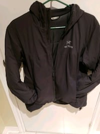 Arc'teryx mid-layer jacket Toronto, M6N 2H7