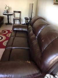 brown leather 3-seat recliner sofa Alexandria, 22304