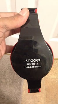 black and red headphones