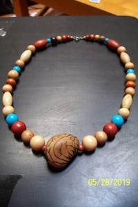 Wood bead necklace...
