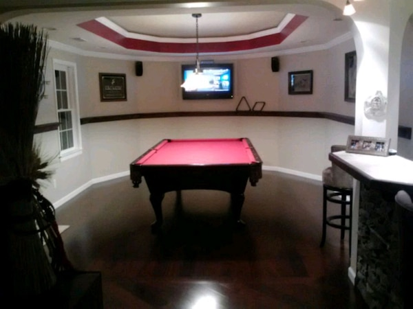 Enjoyable 9 Foot Amf Pool Table In Perfect Condition Home Interior And Landscaping Spoatsignezvosmurscom