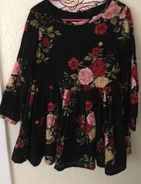 black and red floral long-sleeved dress Cathedral City, 92234