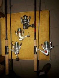 2 fishing rods with reels.plus 2 more reels  Toronto, M1T 2G5