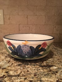 "Gail Pittman ""Overstreet"" pattern ceramic bowl Gulfport, 39501"
