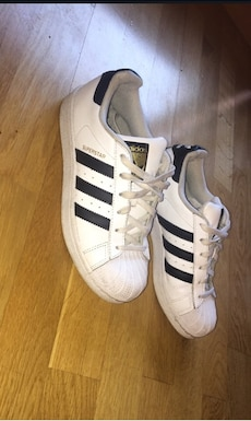 Adidas superstars str.36