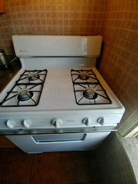 white 4-burner gas range oven Long Beach, 90806