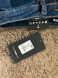 Brand new fashion nova jeans Calgary