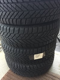set of 4 tires winter tire Goodyear good condition size 195/65/R15  Brampton, L6R 3M6