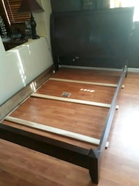 Queen Size Sleigh Bed All Wood North Las Vegas, 89031