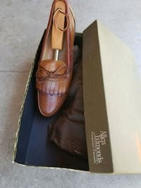 pair of brown leather pointed-toe flats Fresno, 93702