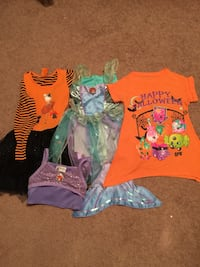 halloween costume all of them is $13 Bay Shore, 11706