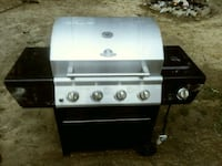 Propane Grill (like new) Byron, 31008