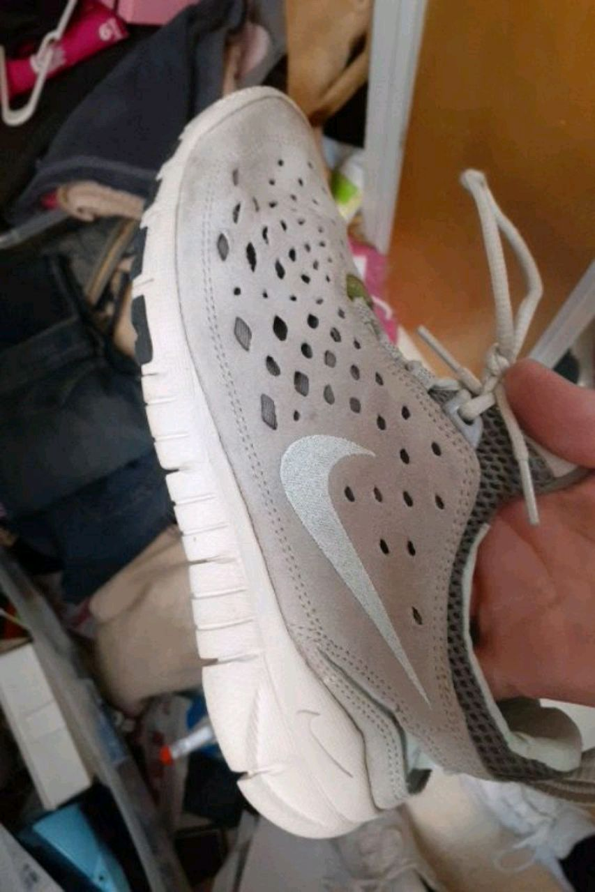 Photo Shoe Nike Free size 8 and 1/2 good condition