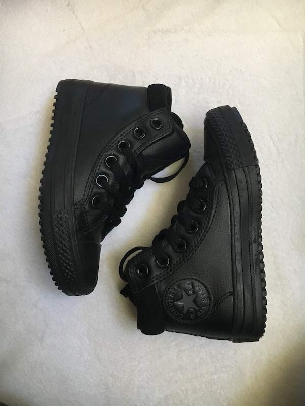 614f071e5cc3 Used Converse Chuck Taylor All Star Boot Leather Sneaker Shoe size 11  toddler for sale in Oxnard - letgo