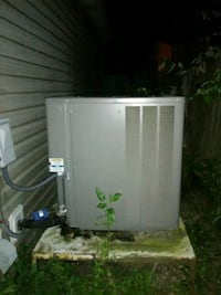 5 ton heating and air system with duct work Schriever, 70395