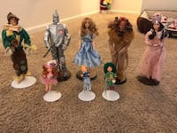 Assorted-color figurine lot Owings Mills, 21117