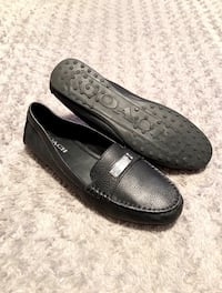 Women's Coach loafers paid $280 size 10 Like new! Fredrica Loafer Flats has no visible signs of wear. Pebbled Leather