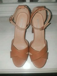 pair of brown leather open-toe ankle strap heels Fontana, 92335